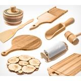 Большой выбор кухонных изделий из дерева